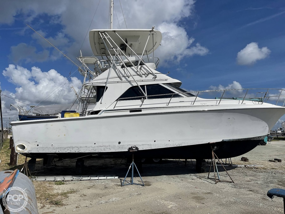 1991 Trojan boat for sale, model of the boat is Sportfish & Image # 13 of 40