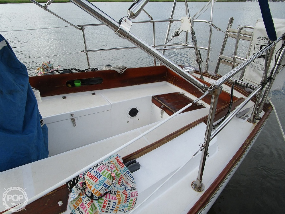 1976 Tartan boat for sale, model of the boat is 34 & Image # 23 of 40