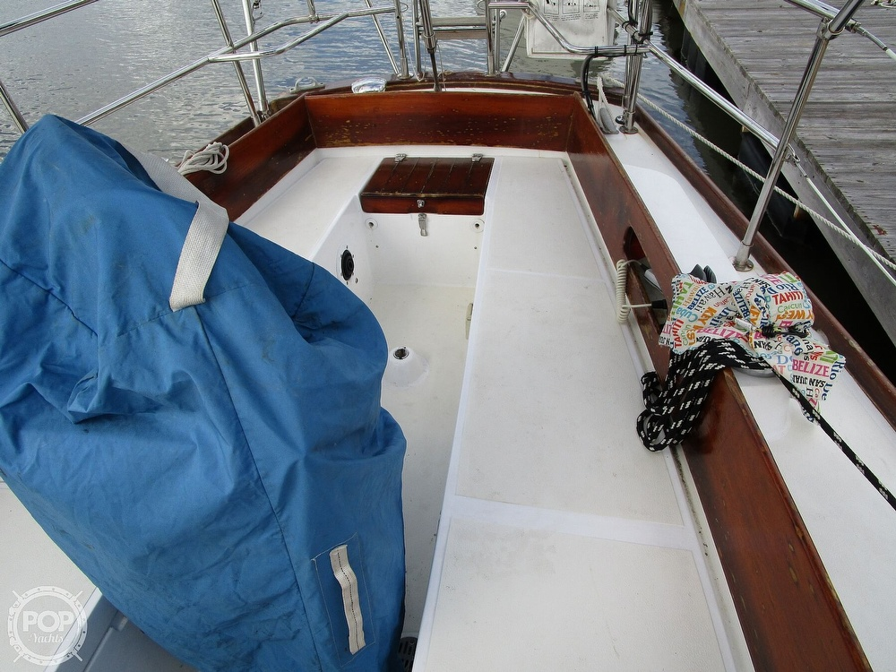 1976 Tartan boat for sale, model of the boat is 34 & Image # 24 of 40