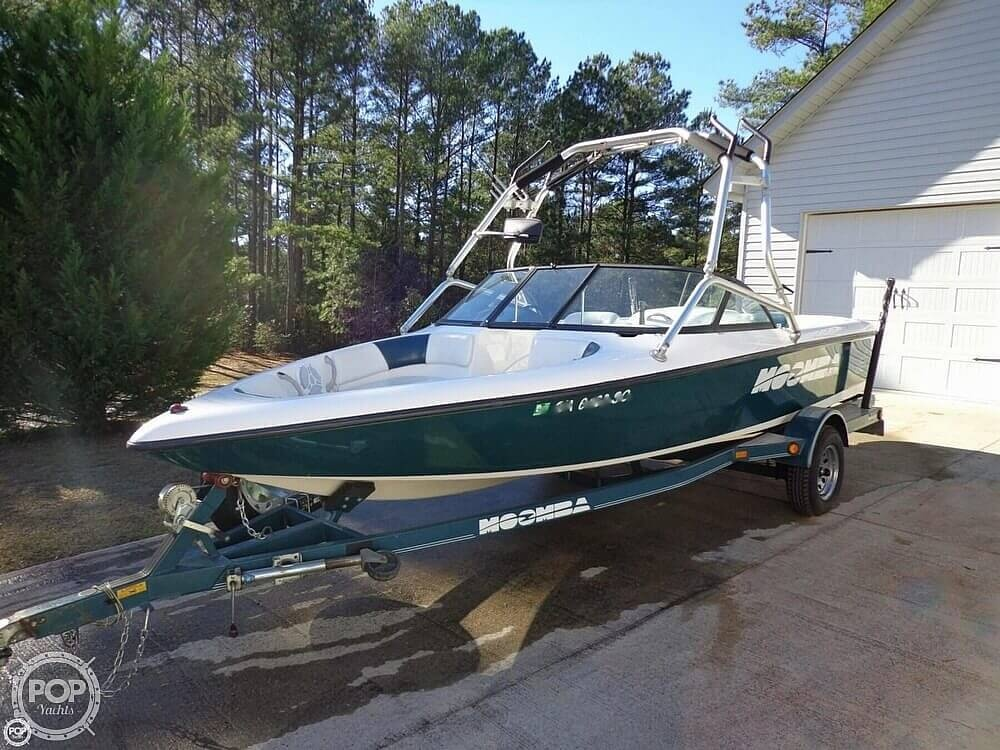 2000 Moomba boat for sale, model of the boat is Outback & Image # 13 of 40