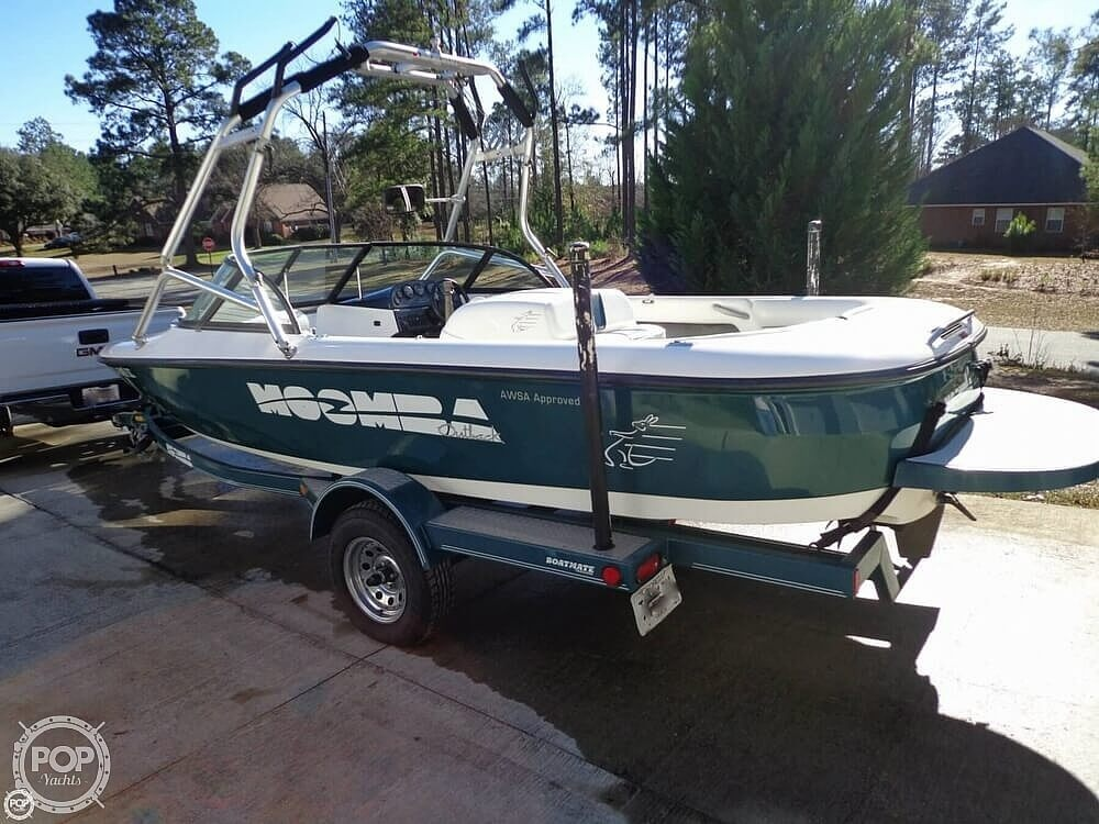 2000 Moomba boat for sale, model of the boat is Outback & Image # 21 of 40
