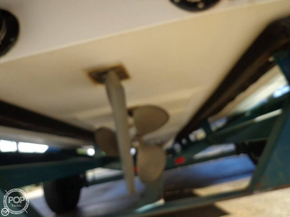 2000 Moomba boat for sale, model of the boat is Outback & Image # 29 of 40
