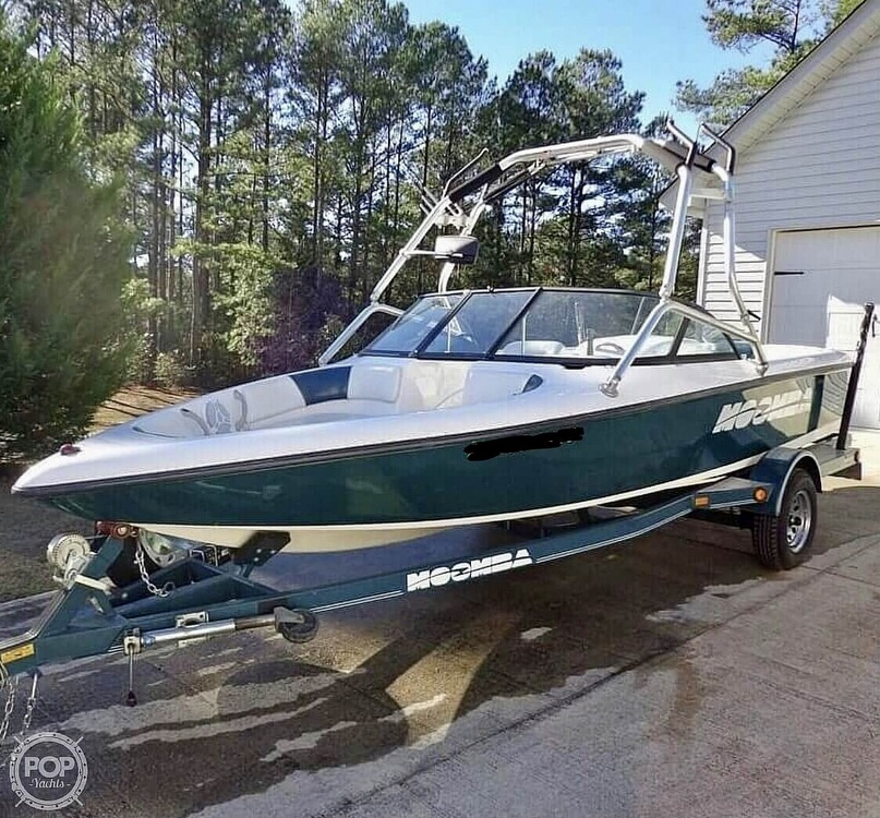 2000 Moomba boat for sale, model of the boat is Outback & Image # 8 of 40