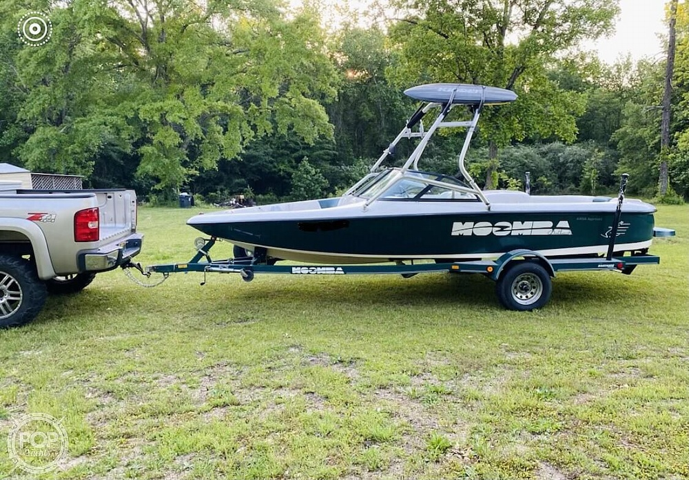2000 Moomba boat for sale, model of the boat is Outback & Image # 4 of 40