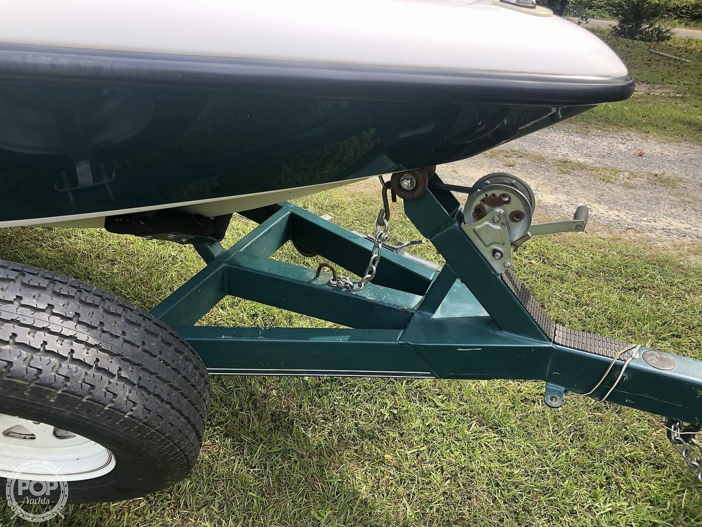 2000 Moomba boat for sale, model of the boat is Outback & Image # 37 of 40