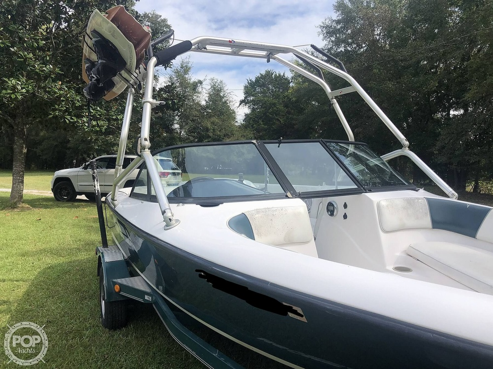 2000 Moomba boat for sale, model of the boat is Outback & Image # 40 of 40