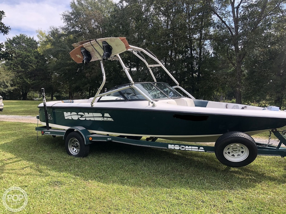 2000 Moomba boat for sale, model of the boat is Outback & Image # 16 of 40