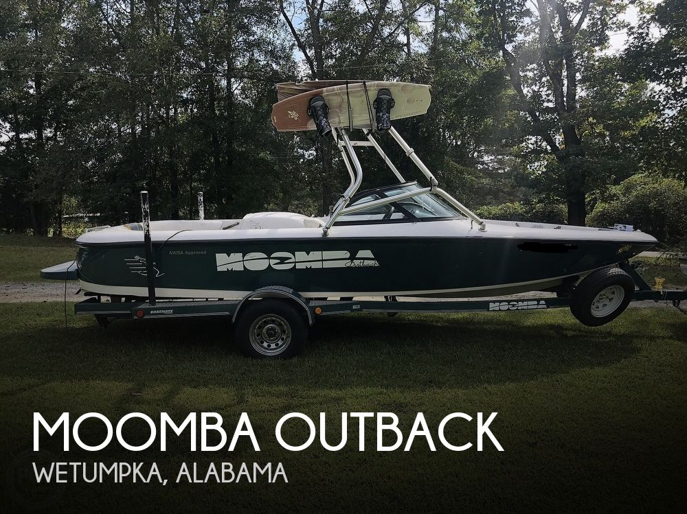 2000 Moomba boat for sale, model of the boat is Outback & Image # 1 of 40