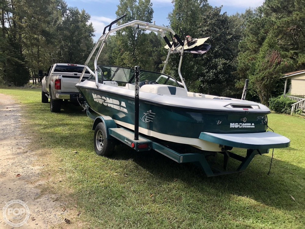 2000 Moomba boat for sale, model of the boat is Outback & Image # 14 of 40