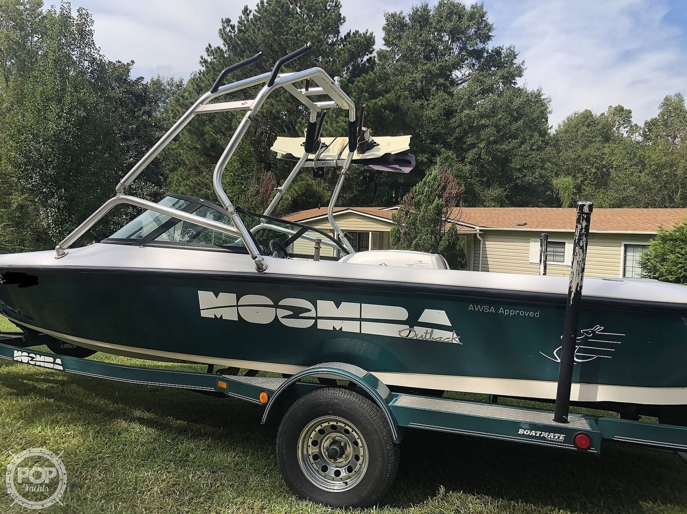 2000 Moomba boat for sale, model of the boat is Outback & Image # 5 of 40