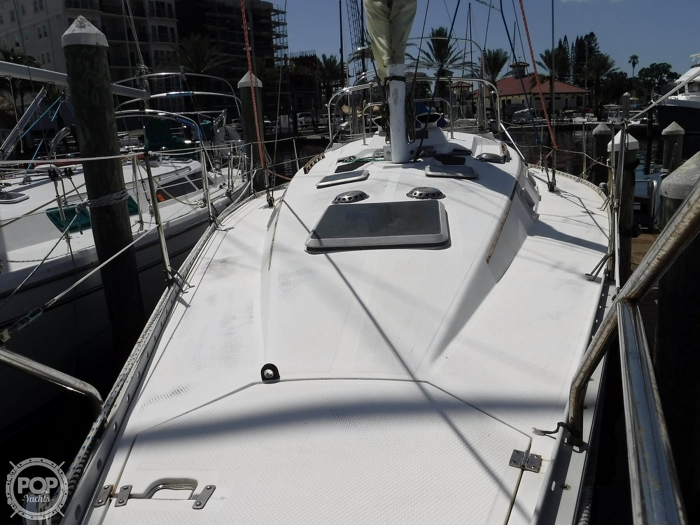1986 Hunter boat for sale, model of the boat is 34 & Image # 6 of 40