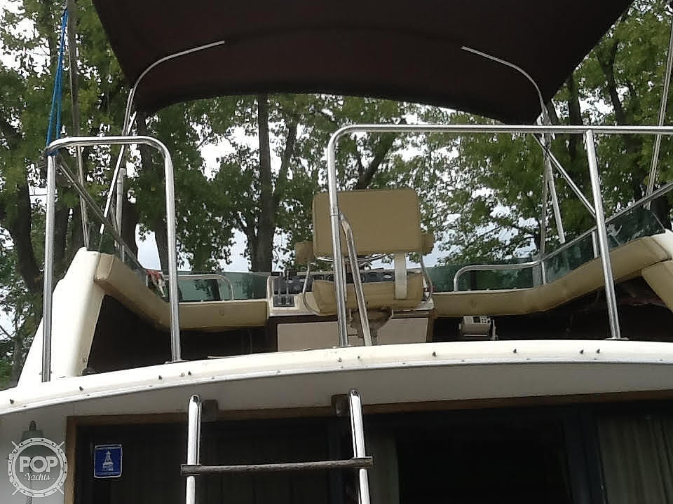 1980 Silverton boat for sale, model of the boat is Sport Sedan & Image # 9 of 18