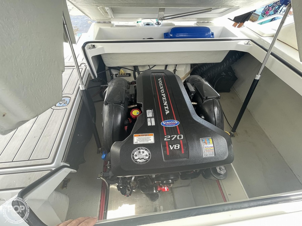2013 Cobalt boat for sale, model of the boat is 24 SD & Image # 30 of 40