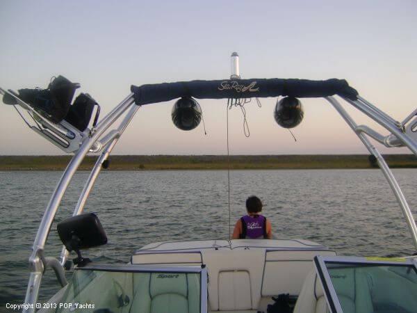 2010 Sea Ray 195 Sport | 2010 Sea Ray 195 Sport - Photo #9