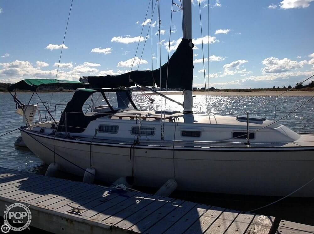1984 Pearson boat for sale, model of the boat is 303 & Image # 2 of 40
