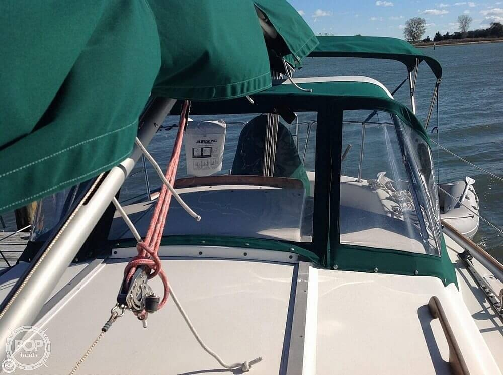 1984 Pearson boat for sale, model of the boat is 303 & Image # 21 of 40