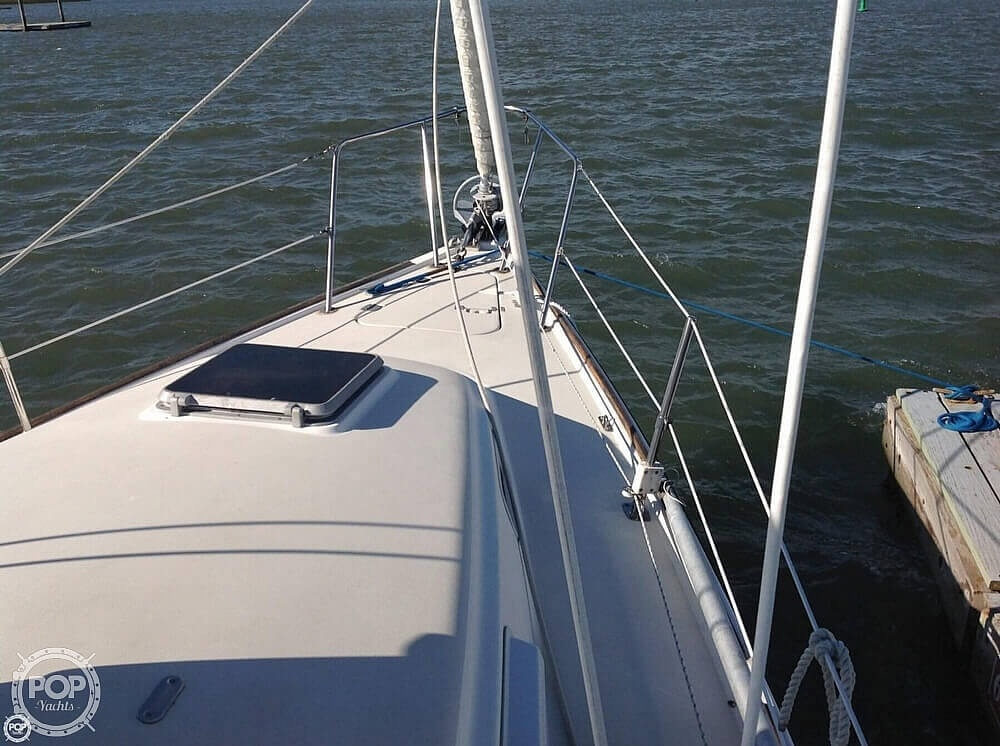 1984 Pearson boat for sale, model of the boat is 303 & Image # 24 of 40