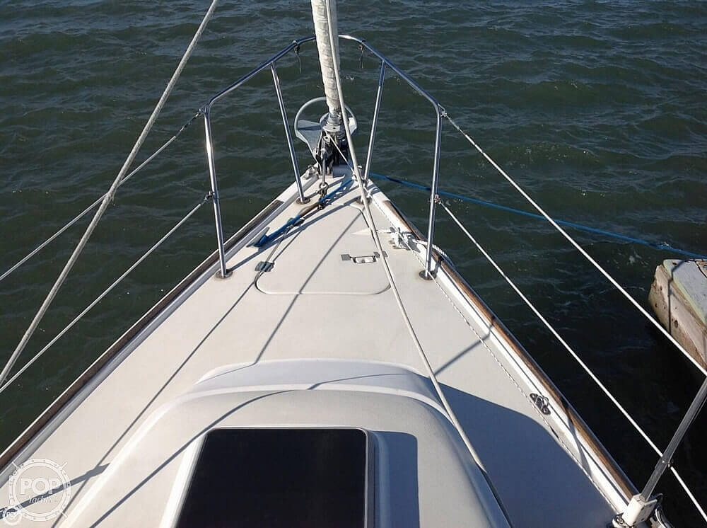 1984 Pearson boat for sale, model of the boat is 303 & Image # 25 of 40