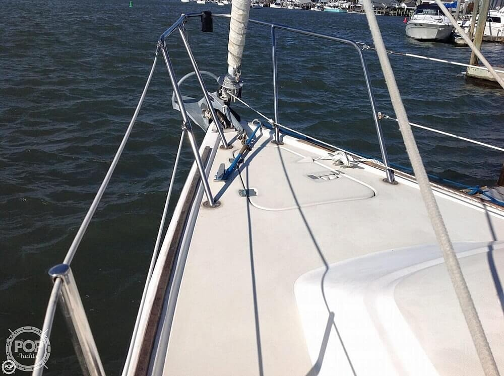 1984 Pearson boat for sale, model of the boat is 303 & Image # 26 of 40