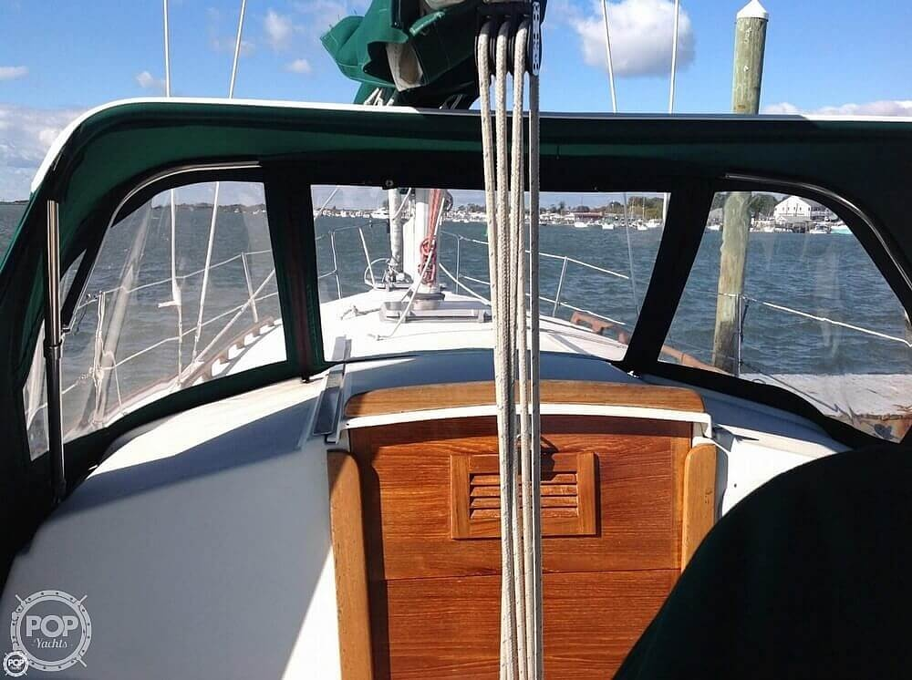 1984 Pearson boat for sale, model of the boat is 303 & Image # 38 of 40