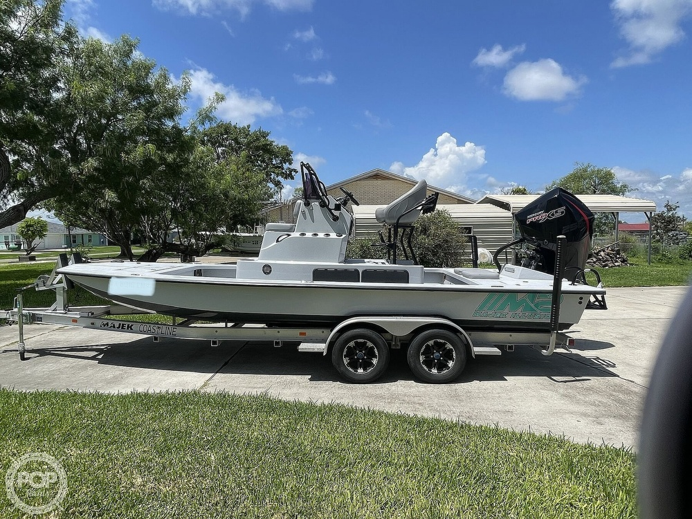 2018 Majek boat for sale, model of the boat is M2 Illusion & Image # 2 of 40