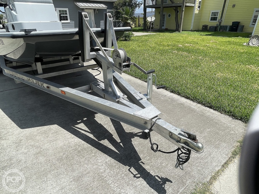 2018 Majek boat for sale, model of the boat is M2 Illusion & Image # 6 of 40
