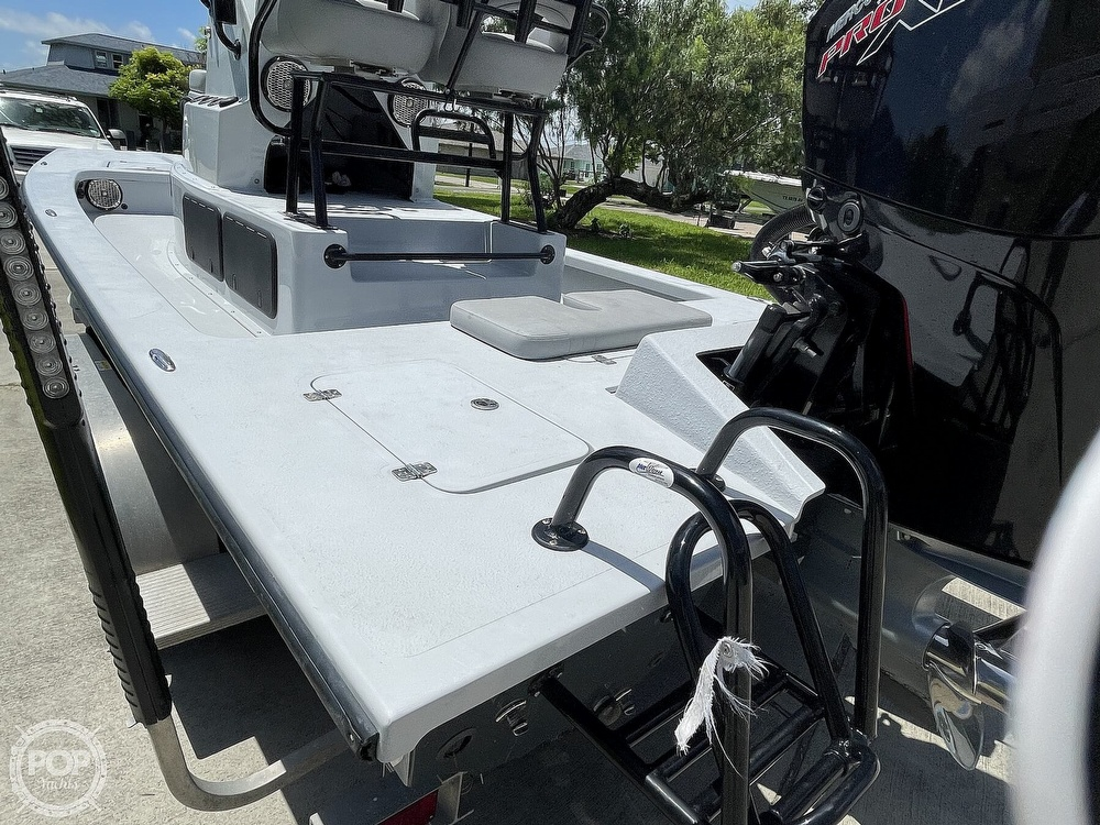 2018 Majek boat for sale, model of the boat is M2 Illusion & Image # 13 of 40