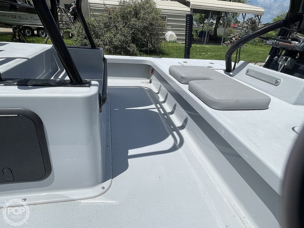 2018 Majek boat for sale, model of the boat is M2 Illusion & Image # 15 of 40