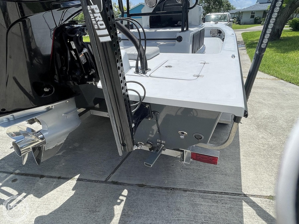 2018 Majek boat for sale, model of the boat is M2 Illusion & Image # 28 of 40