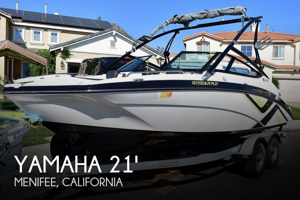 2015 Yamaha boat for sale, model of the boat is 212X High Output & Image # 1 of 40
