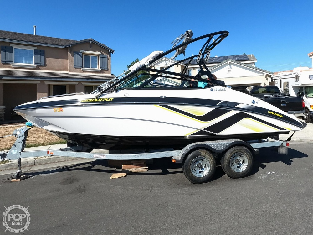 2015 Yamaha boat for sale, model of the boat is 212X High Output & Image # 3 of 40