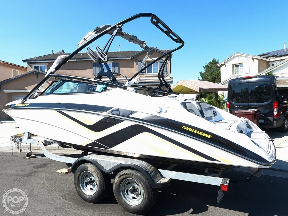 2015 Yamaha boat for sale, model of the boat is 212X High Output & Image # 4 of 40