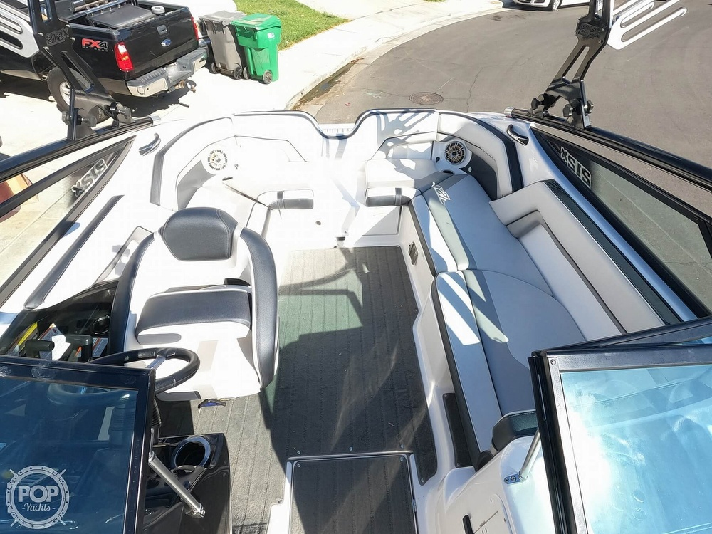 2015 Yamaha boat for sale, model of the boat is 212X High Output & Image # 12 of 40