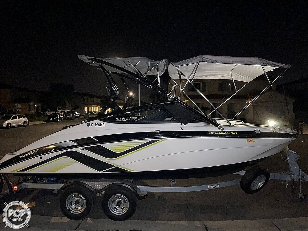 2015 Yamaha boat for sale, model of the boat is 212X High Output & Image # 26 of 40