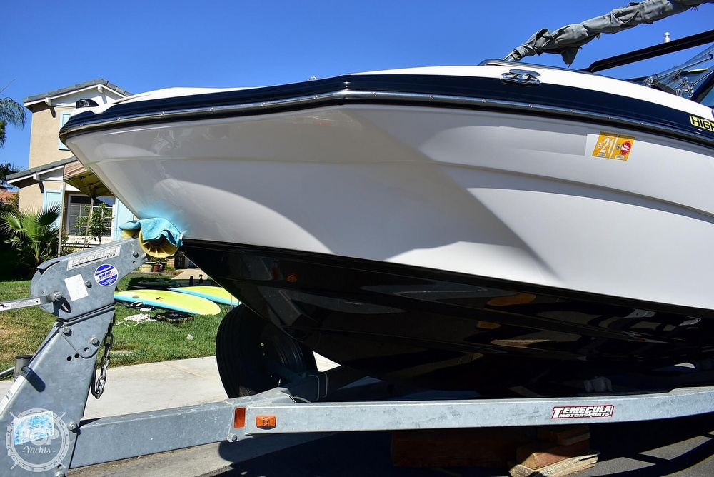 2015 Yamaha boat for sale, model of the boat is 212X High Output & Image # 28 of 40