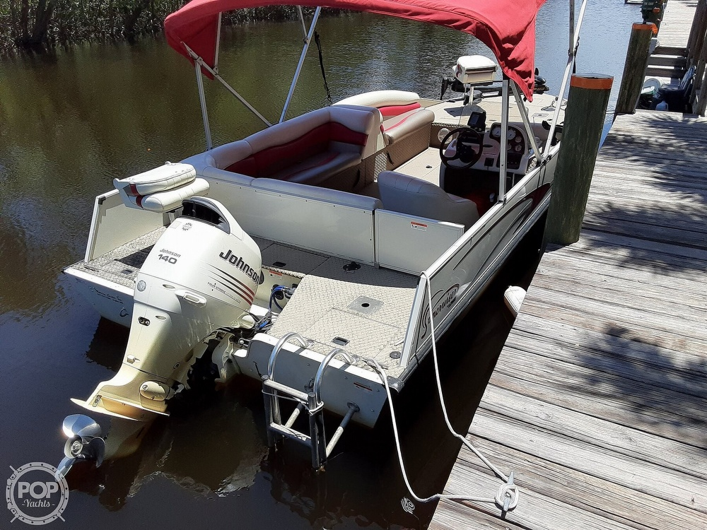 2006 Lowe boat for sale, model of the boat is Tahiti 224 & Image # 5 of 40