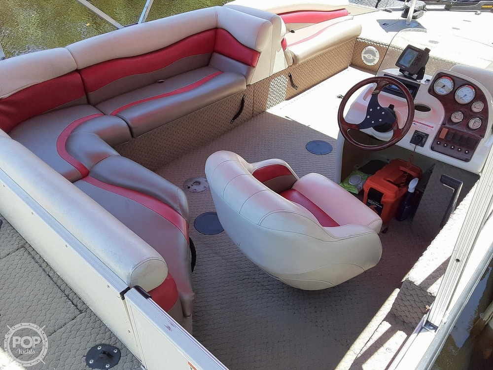 2006 Lowe boat for sale, model of the boat is Tahiti 224 & Image # 8 of 40