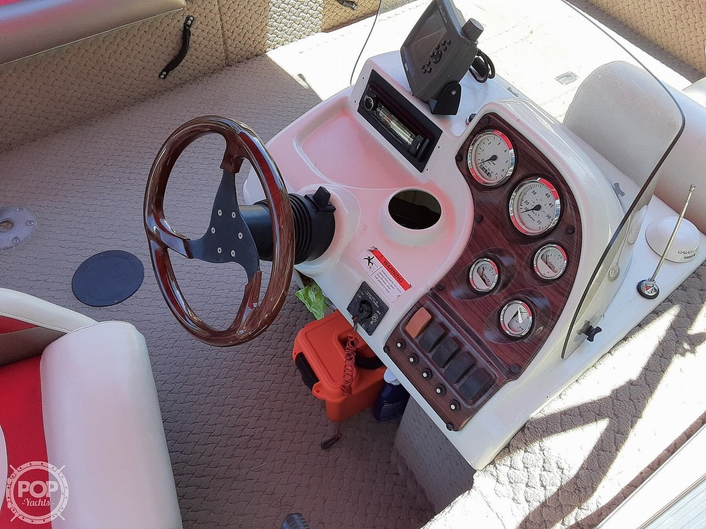 2006 Lowe boat for sale, model of the boat is Tahiti 224 & Image # 11 of 40