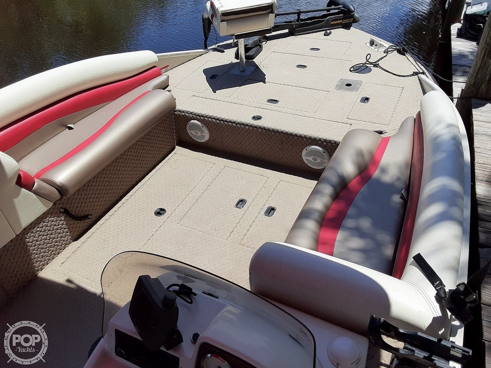 2006 Lowe boat for sale, model of the boat is Tahiti 224 & Image # 13 of 40