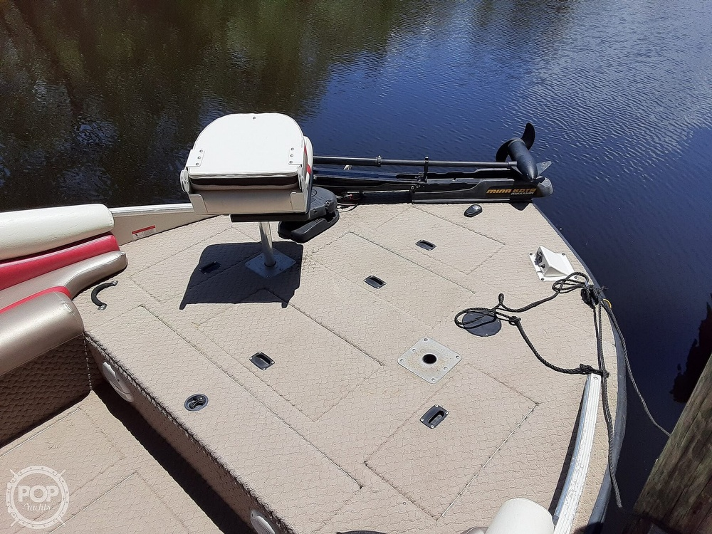 2006 Lowe boat for sale, model of the boat is Tahiti 224 & Image # 14 of 40