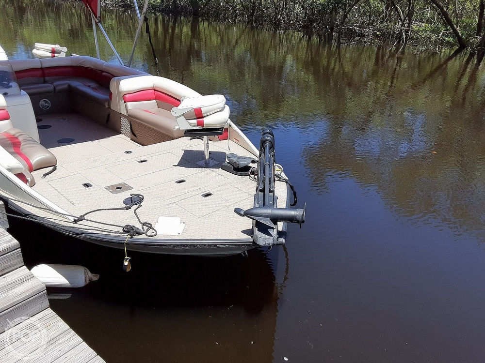 2006 Lowe boat for sale, model of the boat is Tahiti 224 & Image # 16 of 40