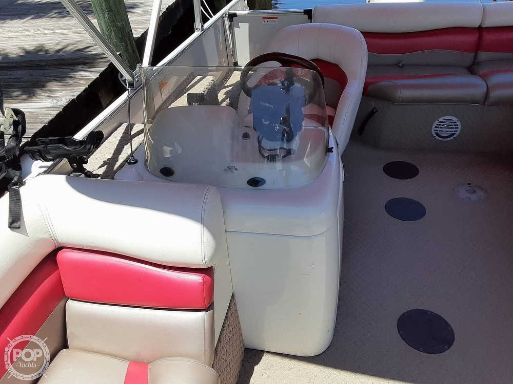 2006 Lowe boat for sale, model of the boat is Tahiti 224 & Image # 26 of 40