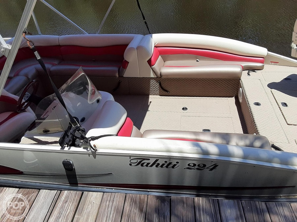 2006 Lowe boat for sale, model of the boat is Tahiti 224 & Image # 2 of 40
