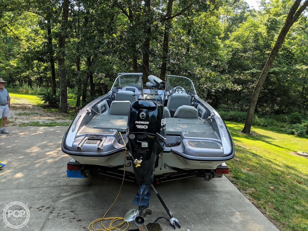 2008 Stratos boat for sale, model of the boat is 486 SE & Image # 9 of 40
