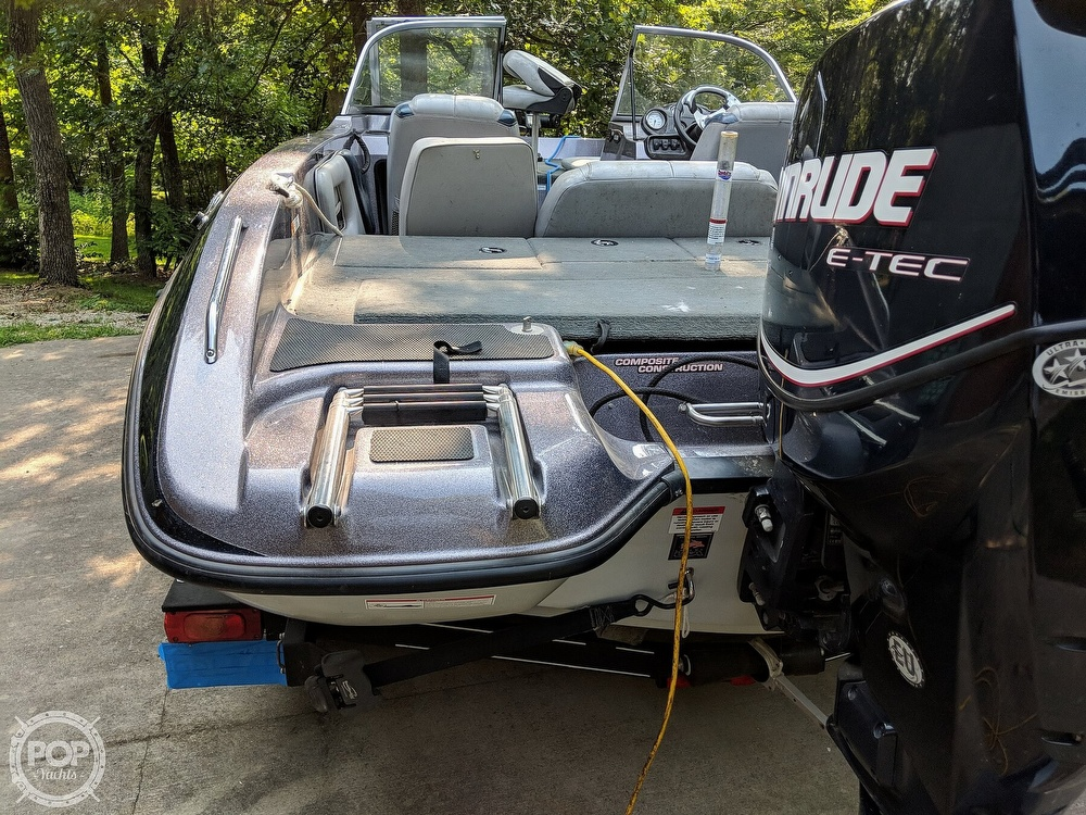2008 Stratos boat for sale, model of the boat is 486 SE & Image # 30 of 40