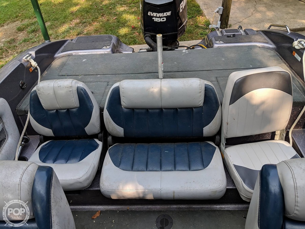 2008 Stratos boat for sale, model of the boat is 486 SE & Image # 39 of 40
