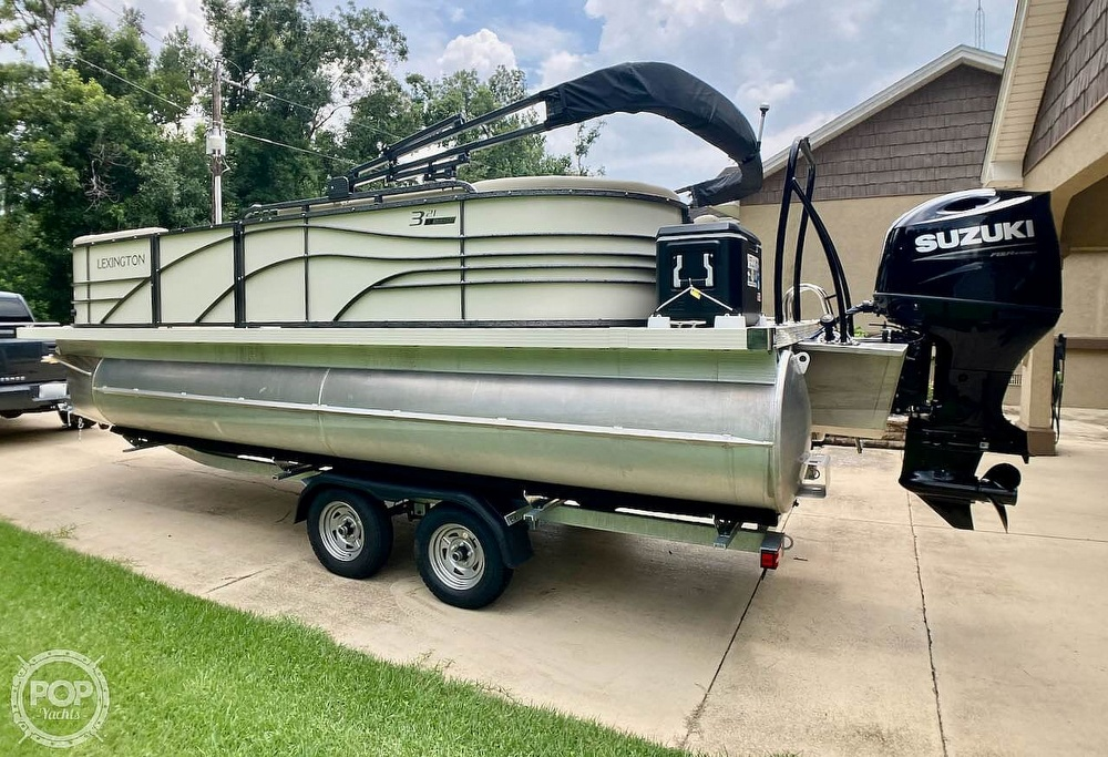 2021 Lexington boat for sale, model of the boat is 321 & Image # 5 of 40