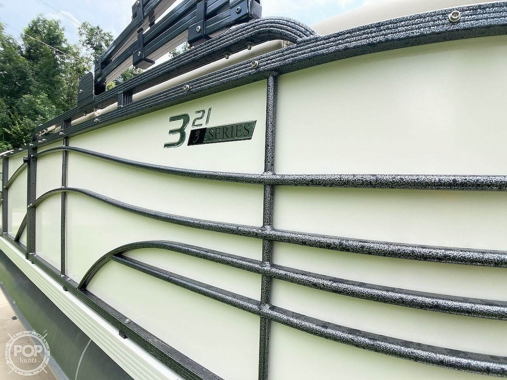2021 Lexington boat for sale, model of the boat is 321 & Image # 31 of 40