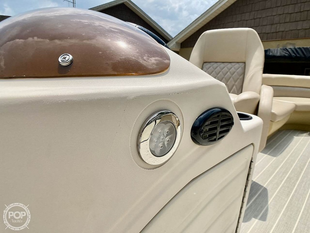 2021 Lexington boat for sale, model of the boat is 321 & Image # 17 of 40