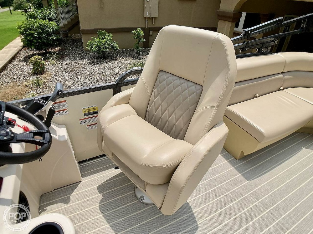 2021 Lexington boat for sale, model of the boat is 321 & Image # 2 of 40